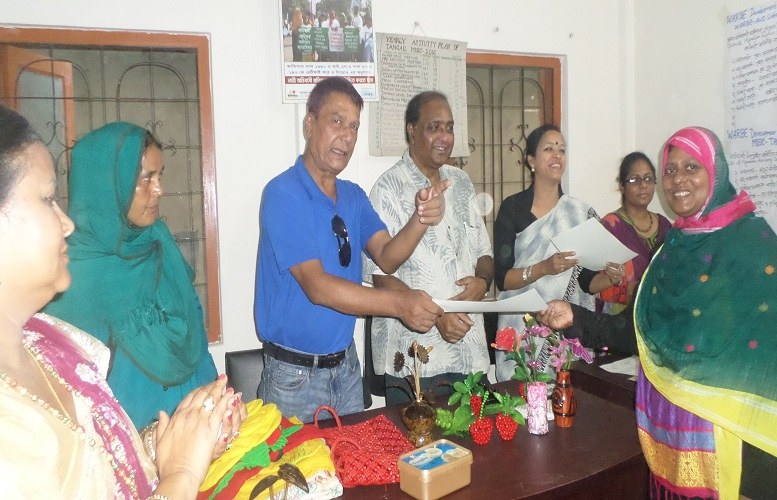 Certificate-Cermony-to-the-Entrepreneur-Tangail