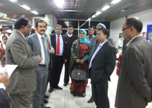 IMD-Discuss Migrants Issues at Airport in Dhaka -2011