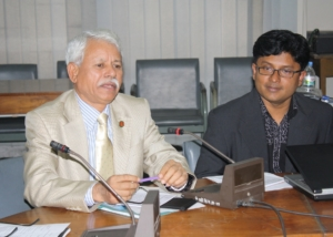 Mr. Golam Mostafa at Seminar on Women, Dhaka-2009